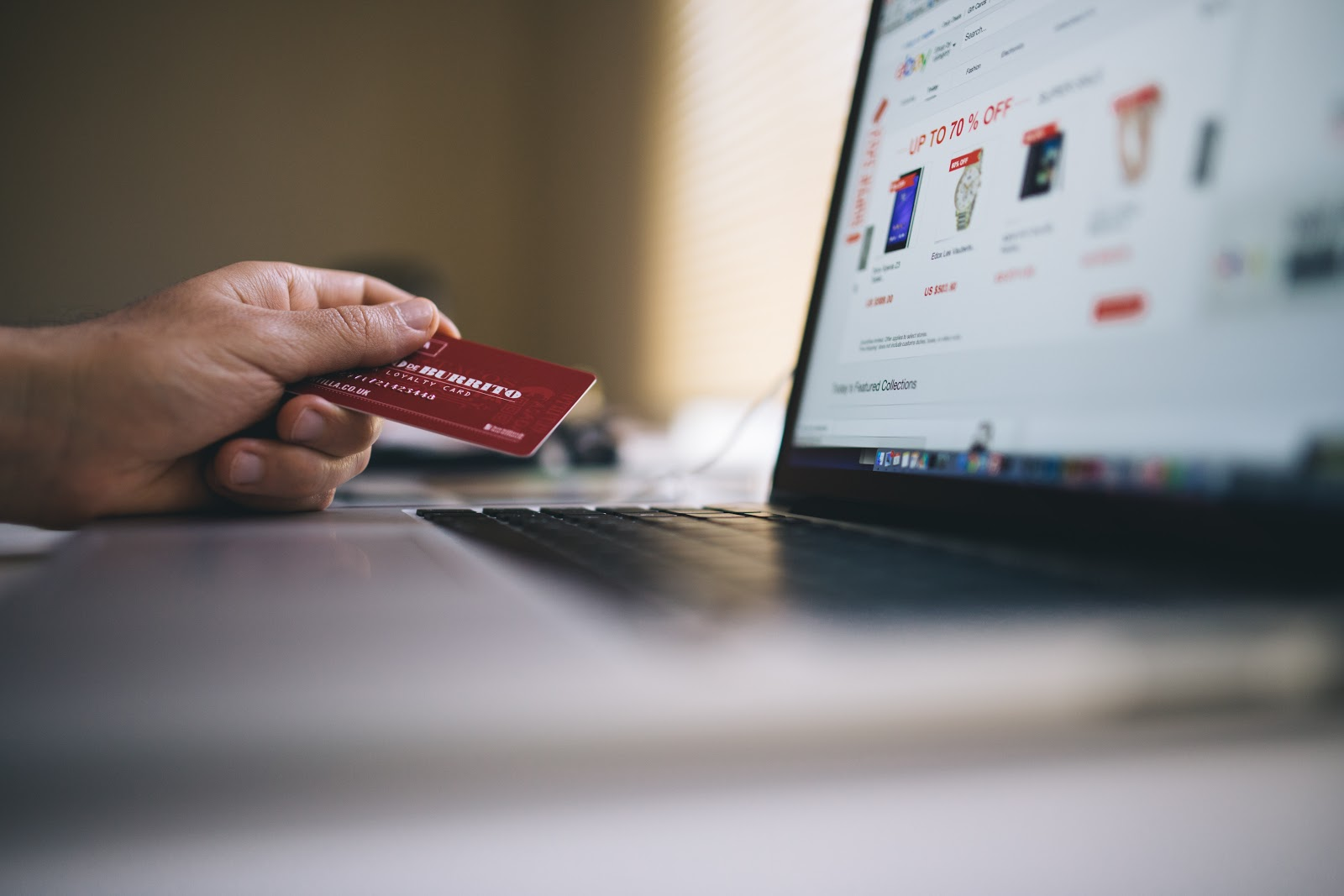 Pay by online - Image credit: pexels.com